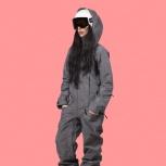 Фирменный настоящий женский комбинезон для сноуборда, Санкт-Петербург